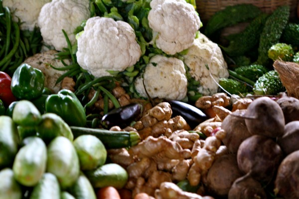 Food! Glorious Food! Markets of Uganda. Edwina Storie